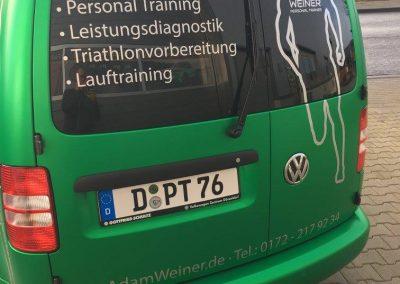 Autobeschriftung-Monheim-Caddy-Adam-Weiner-Personal-Trainer-Heckansicht