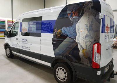 Dreiviertelansicht Autobeklebung für OKKEN GmbH in Monheim