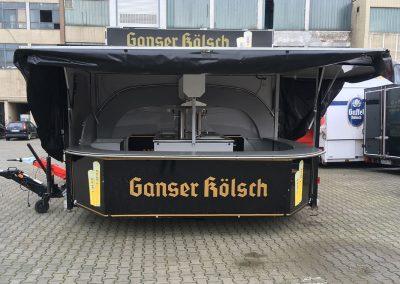 Folienbeklebung für Ganser Kölsch Getränkewagen aus Köln