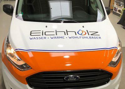 Frontansicht Seitenansicht Autofolierung für KFZ der Firma Eichholz Haustechnik in Monheim