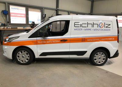 Seitenansicht Autofolierung für KFZ der Firma Eichholz Haustechnik in Monheim
