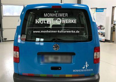 Rückansicht Car Wrapping für Kfz der Monheimer Kulturwerke in blau von HplusB Design