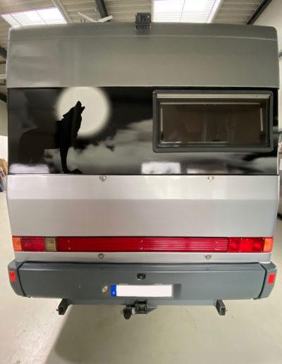 Ducato Wohnmobil nach der Vollfolierung Rückseite